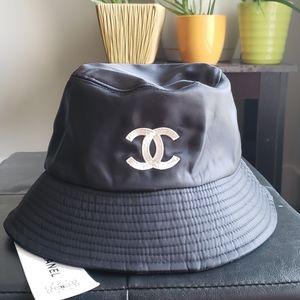 New bucket hat